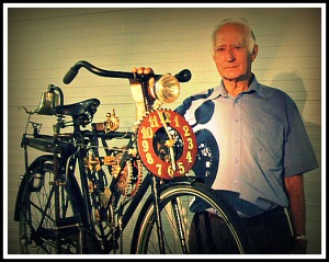 Toon Boumans with his bicycle pendulum clock
